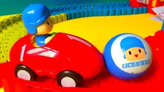 getlinkyoutube.com-Funny Pocoyo Car Race Track