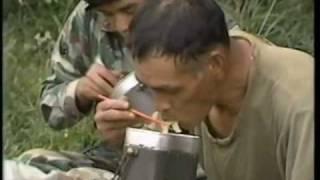 getlinkyoutube.com-連続歩調、数え~っ! ベテラン隊員と62式機関銃