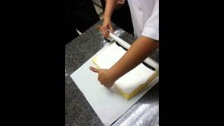 getlinkyoutube.com-วิธีม้วนโรลเค้ก