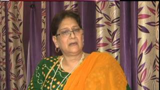 getlinkyoutube.com-Life of kinners in India by Nidhi Sharma