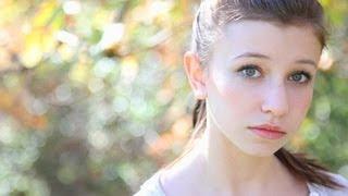 getlinkyoutube.com-13 year old Katelyn Nacon Crushes an Amazing Acoustic Ukulele Cover of CREEP by Radiohead