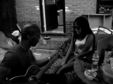 Crystal King UK - Acoustic Alicia Keys Heartburn