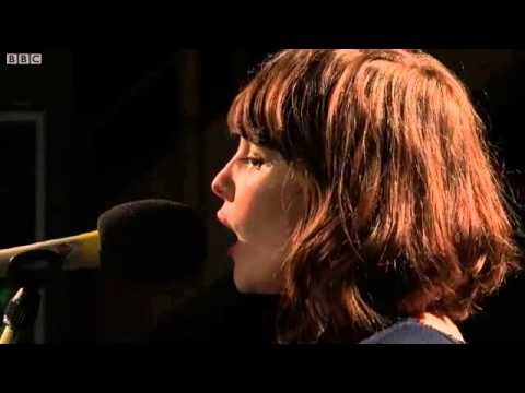 Chvrches - The Mother We Share @ Huw Stephens, 05/11/2012