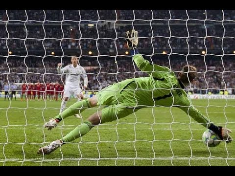 Manuel Neuer  ::  Great Saves  ::  2008 - 2013 | HD
