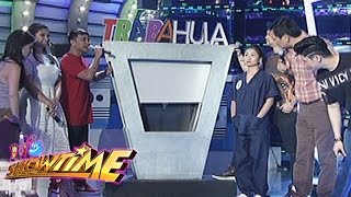 getlinkyoutube.com-It's Showtime: Angel Locsin plays Tabahula