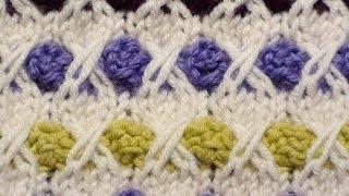 getlinkyoutube.com-Узоры спицами. Разноцветные шишечки