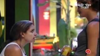 getlinkyoutube.com-BBB11 - Diana e Natália - Festa Rasta pt5