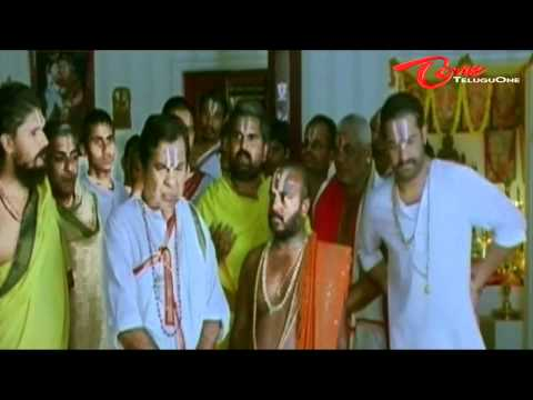 Brahmi's love failure - Gathering all Brahmins from Agraharam