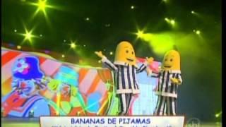 getlinkyoutube.com-bananas de pijamas-1 ano de carrossel animado com patati patata