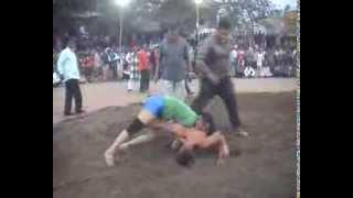 getlinkyoutube.com-girls and boys fights (wrestling)