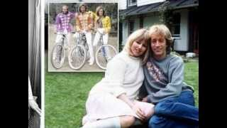 getlinkyoutube.com-Bee Gees - Don't Forget to Remember - Bee Gees Remember (4/7)