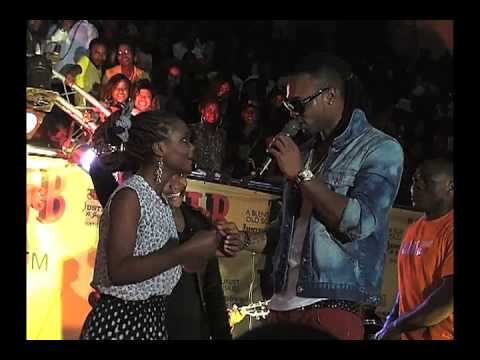 Flavour - Live In Cameroon (AFRICAX5) (@2niteflavour)