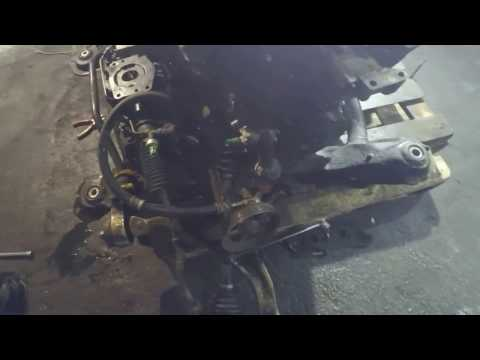 Двигатель установили на подрамник ACURA MDX
