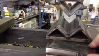 getlinkyoutube.com-Hydraulic Press Bending Steel