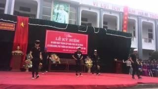 getlinkyoutube.com-Nhảy Shuffle 11A2 THPT Cẩm Khê-Phú Thọ