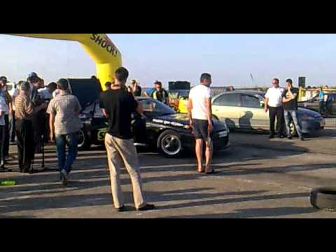 drag racing moldova 2011 (Nissan Skyline Goodzila R32 GT-R)
