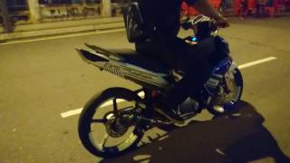 getlinkyoutube.com-AHM DS Carbon Fiber on Yamaha LC135 Modify~