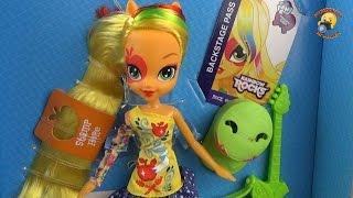 getlinkyoutube.com-Кукла пони Эпплджек - распаковка и обзор Девушки из Эквестрии / Equestria Girls