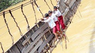 getlinkyoutube.com-Kisah Lama, Anak Sekolah, Rakyat dan Jembatan Rusak : Album PR Jokowi
