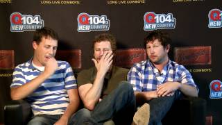 Tiny Couch Interview: Dierks Bentley Storms Off Set.