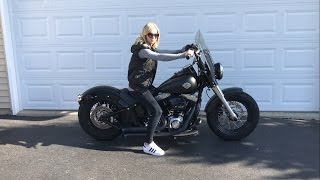 getlinkyoutube.com-HOT GIRL RIDING! Harley Davidson Softail Slim w/ Bassani FireSweep Exhaust - Ride and Rev
