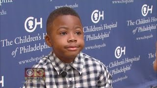 getlinkyoutube.com-Boy Shows Off New Hands A Year After Double-Hand Transplant