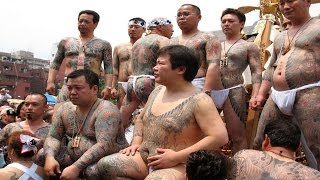 getlinkyoutube.com-日本の裸褌祭 【12】 江戸の華!三社祭 / 西浅三北神輿