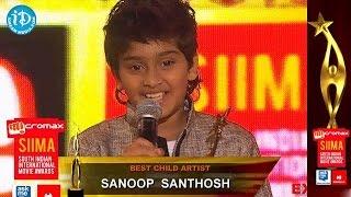 getlinkyoutube.com-Best Child Artist Sanoop Santhosh@SIIMA 2014, Malayalam
