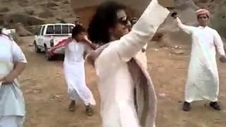 getlinkyoutube.com-ابداع شباب يرقصون على شيلة جنوبية