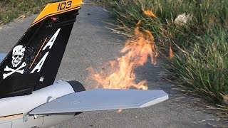 getlinkyoutube.com-Banana Hobby foam F-18 powered by a P-20 JetCat turbine