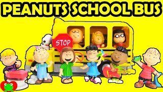 getlinkyoutube.com-Peanuts Movie Charlie Brown's School Bus and Collectors Set