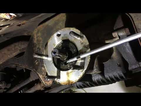 Lancia Delta Integrale Evo1 diff seals replaced.