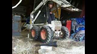 getlinkyoutube.com-Finishing up the Bobcats hydraulics