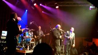 getlinkyoutube.com-Eric Roberson Live - Summertime Anthem featuring Chubb Rock w Tribute to Heavy D
