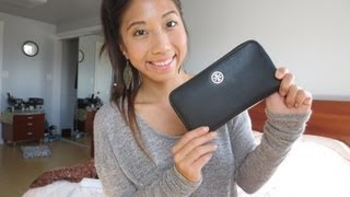 getlinkyoutube.com-Tory Burch Robinson Continental Zip Wallet Review