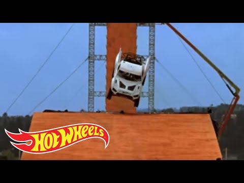 Team Hot Wheels - Yellow Driver's Near-Crash During Testing