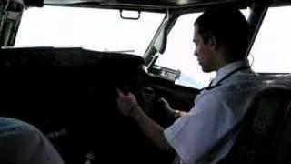 getlinkyoutube.com-Primer despegue de Eduardo en 737