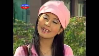 getlinkyoutube.com-Hai Doi No Muon (Kieu Oanh, Minh Nhi)