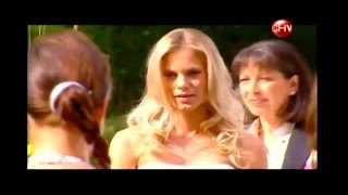 getlinkyoutube.com-Macarena   Nina -matrimonio lesbico. del Final de Infiltrada
