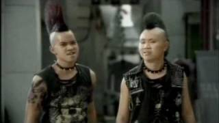 getlinkyoutube.com-Krungsri SME - THE PUNK - Thai Commercials