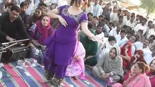 getlinkyoutube.com-BUNTY JAMMU NICE DANCE BY HINNA( GIRL)