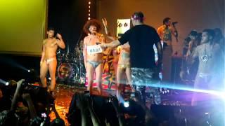 getlinkyoutube.com-LMFAO IN TAIPEI LUXY -  sexy and i know it