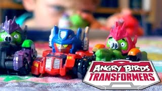 getlinkyoutube.com-Angry Birds Transformers Toys - Optimus Prime Bird Raceway Unboxed