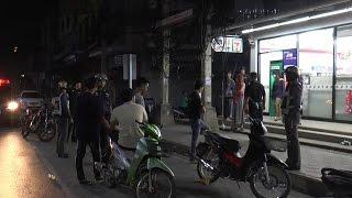 getlinkyoutube.com-แก๊งโจ๋ชัยนาทยกพวกตีกันหน้าร้านสะดวกซื้อ