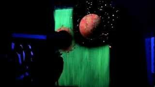 getlinkyoutube.com-Space Painting with fluorescent water-based paints