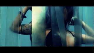 Yowda - She Knocks