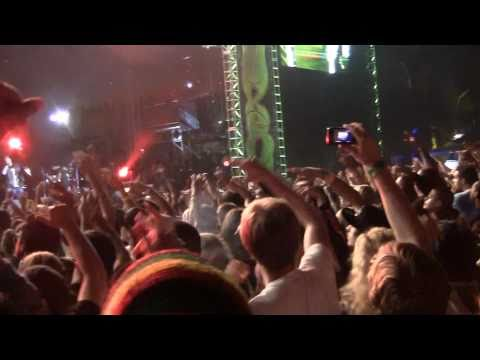 Cypress Hill - Rock Superstar w/ Travis Baker (Live Smokeout Festival 2010 10-16-10)