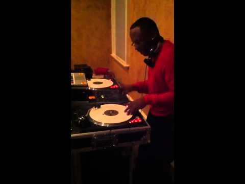 "DJ Jazzy Jeff (""RUN DMC - Peter Piper"") @ Jason Richardson's"