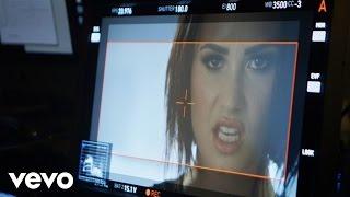 getlinkyoutube.com-Demi Lovato - Confident (Behind The Scenes)