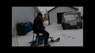 getlinkyoutube.com-Мини снего-скутер с двигателем от старого скутера.